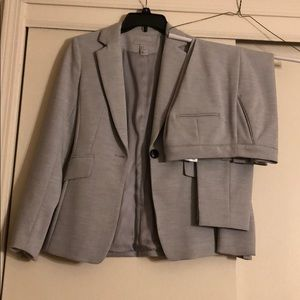 H&M grey blazer and pants suit